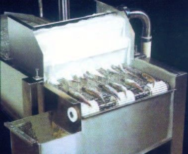 Automatic Batter And Crumb Breading Production Line - Put fishes into machine
